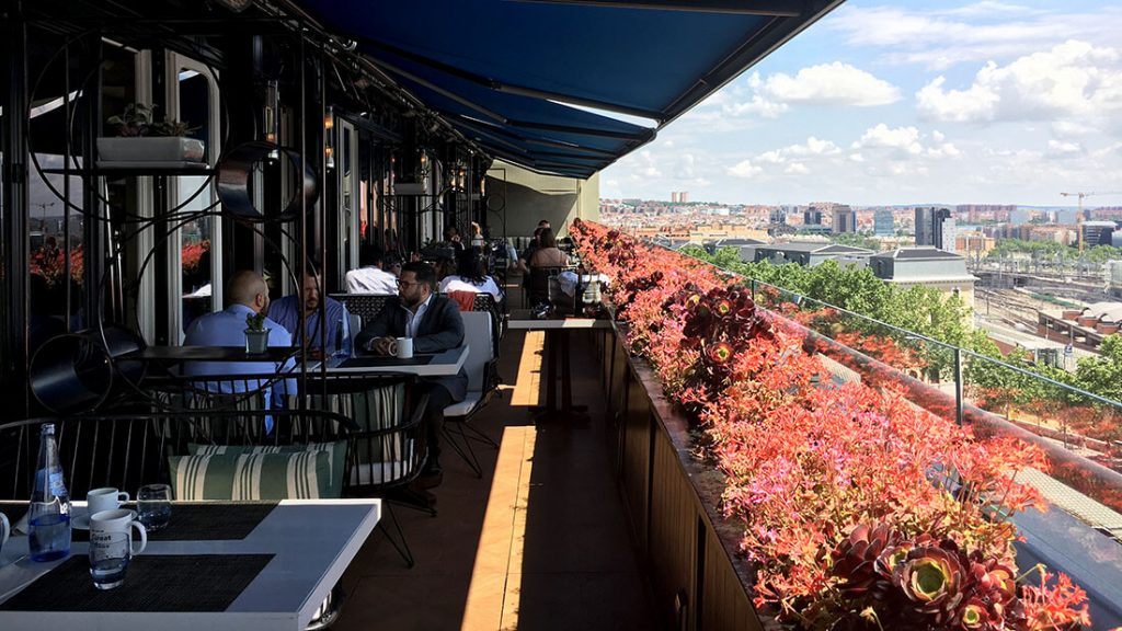 TERRAZA SEPTIMA. HOTEL ONLY YOU ATOCHA 16