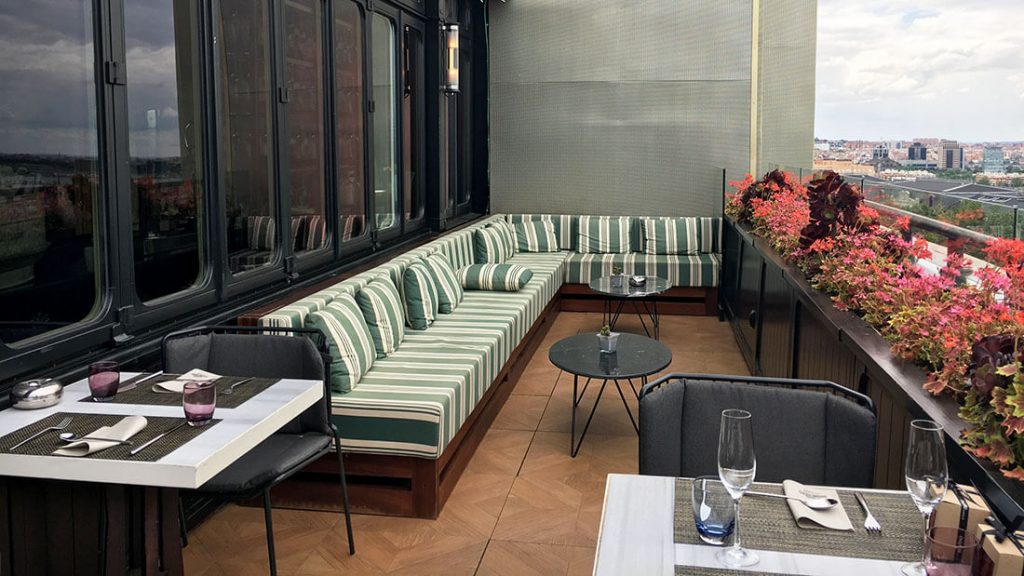 TERRAZA SEPTIMA. HOTEL ONLY YOU ATOCHA 6