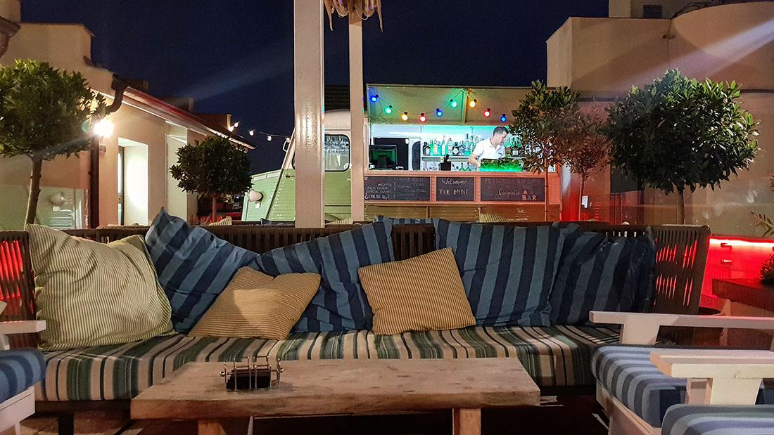 Terraza The Mint Roof Disfrutar De La Tranquilidad Es Posible