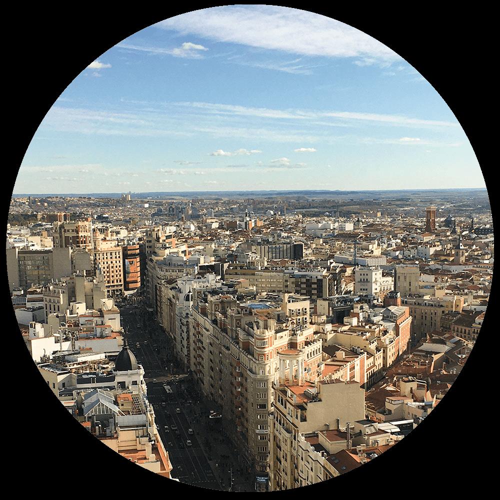 Vista de la Gran Vía desde el Hotel RIU Plaza España